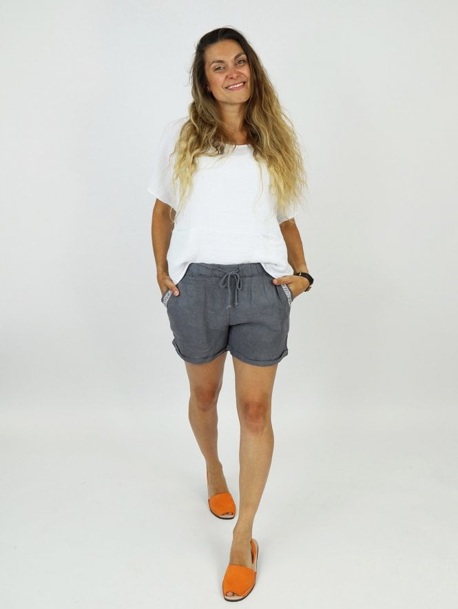 Made in Italy Macello Embellished Linen Shorts