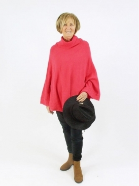 Made in Italy Pembroke Polo Poncho